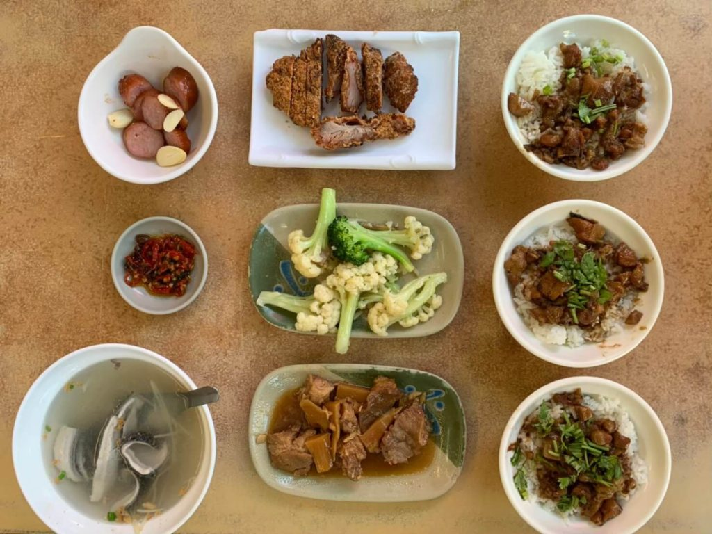 福泰飯桌菜色